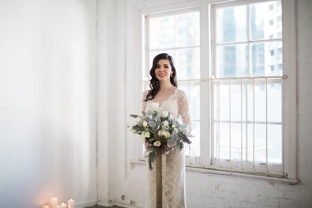 Understated and elegant bridal look