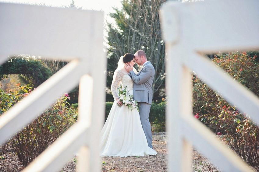 Classically Elegant Bride & Groom