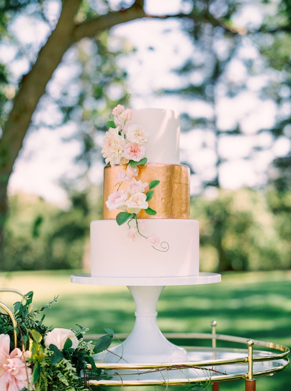Stunning Spring Garden Wedding Cake