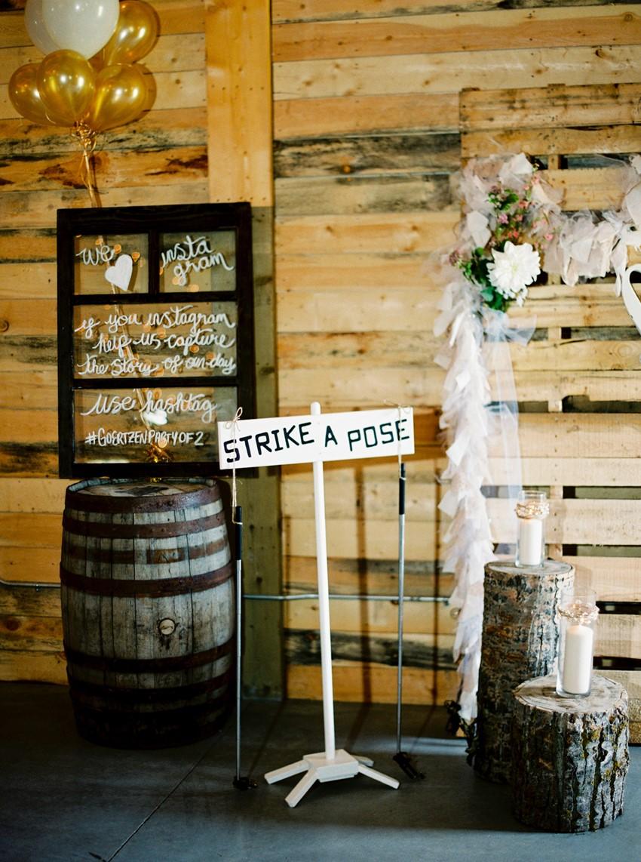 Romantic Rustic Barn Wedding Decor