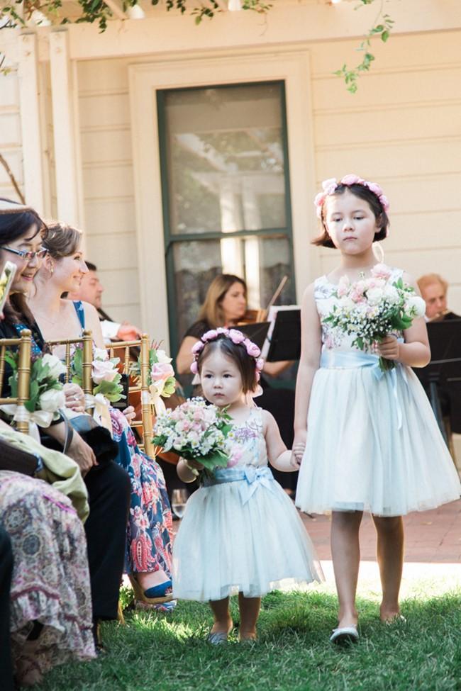 Cute Little Flower Girls // Photography ~ Trynh Photo