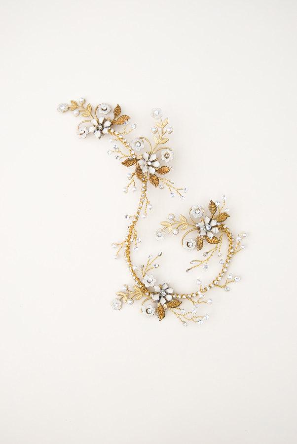 Golf Curled Floral Bridal Hair Vine