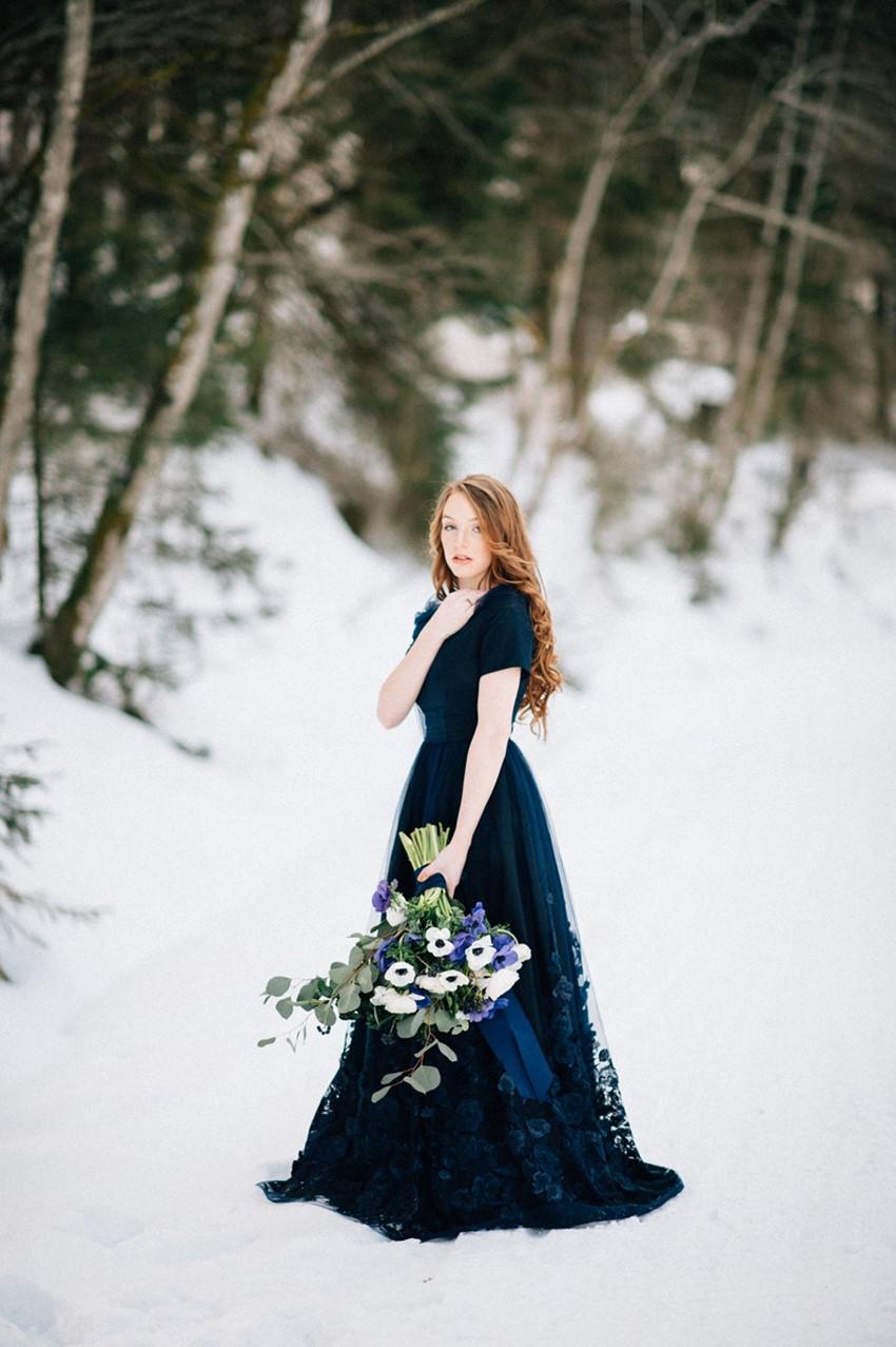 Romantic Blue Snowy Mountain Wedding Inspiration