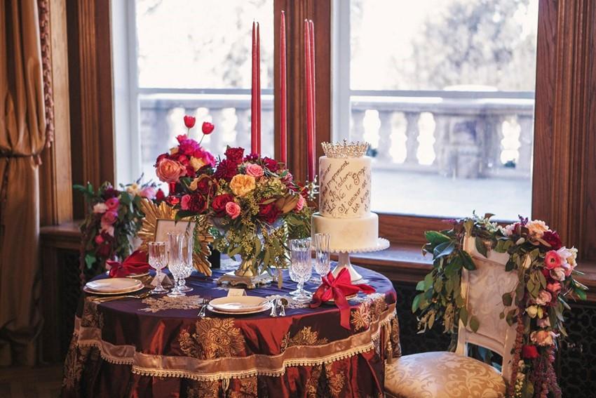 Valentines Wedding Sweetheart Table