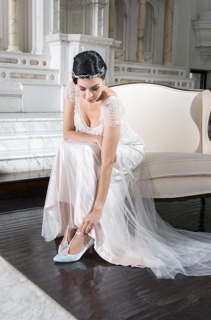 Art Deco Bride Getting Ready