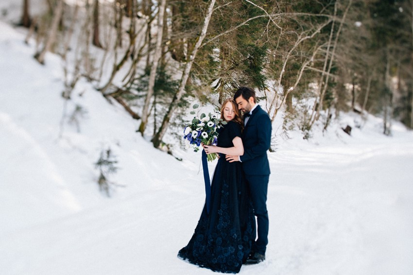Romantic Blue Snowy Mountain Wedding Inspiration
