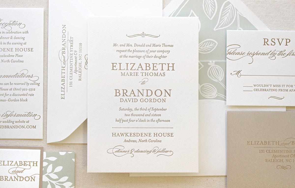 How to Channel Royalty in Your Vintage Wedding Invitations - Chic ...