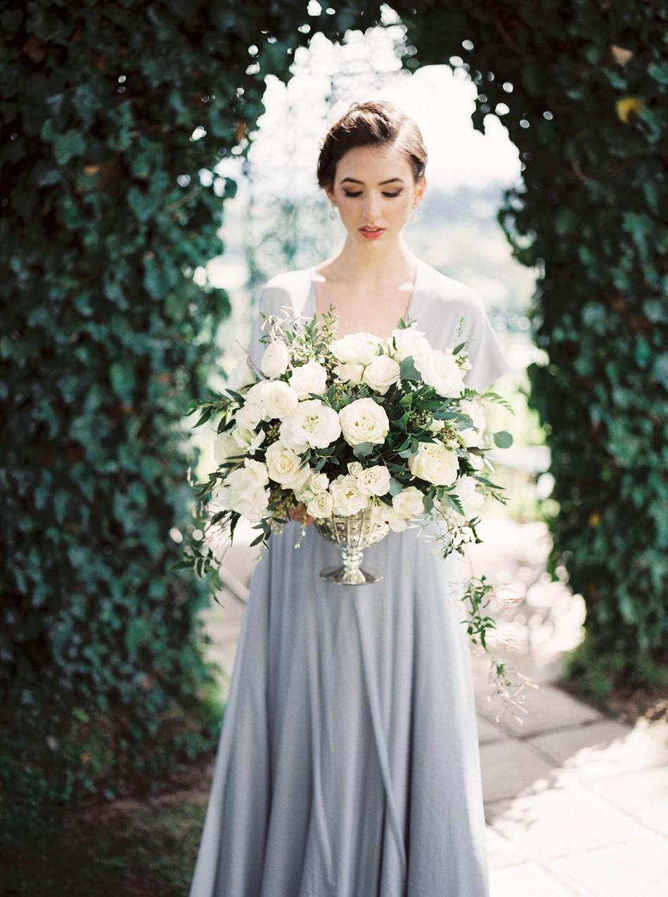 White Floral Vintage Wedding Centerpiece