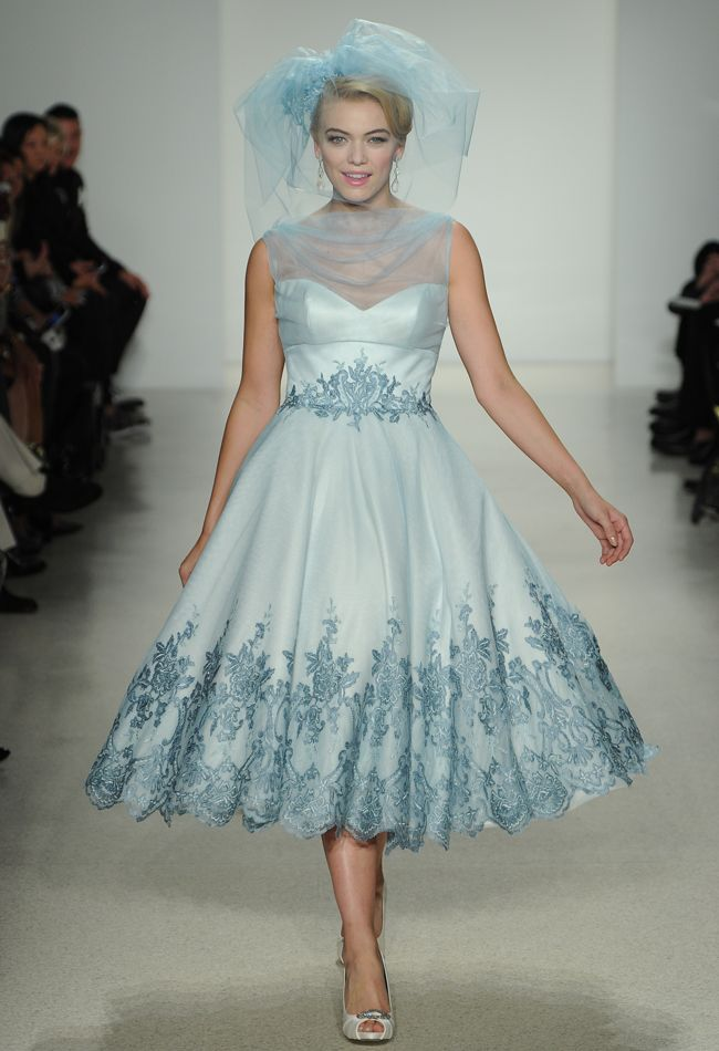 21 ideas for a beautiful aquamarine wedding chic vintage for Black tea length wedding dress