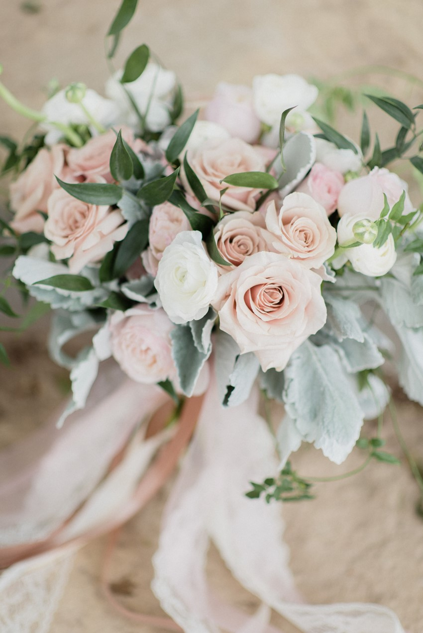 A Timelessly Romantic Rose Pink Wedding - Chic Vintage Brides : Chic ...