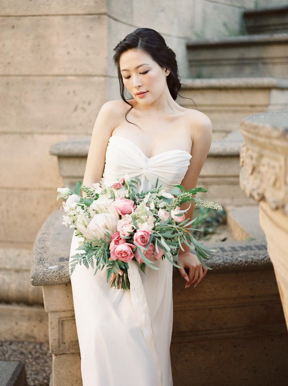 Modern Vintage Bride with a Lush Pink Bridal Bouquet