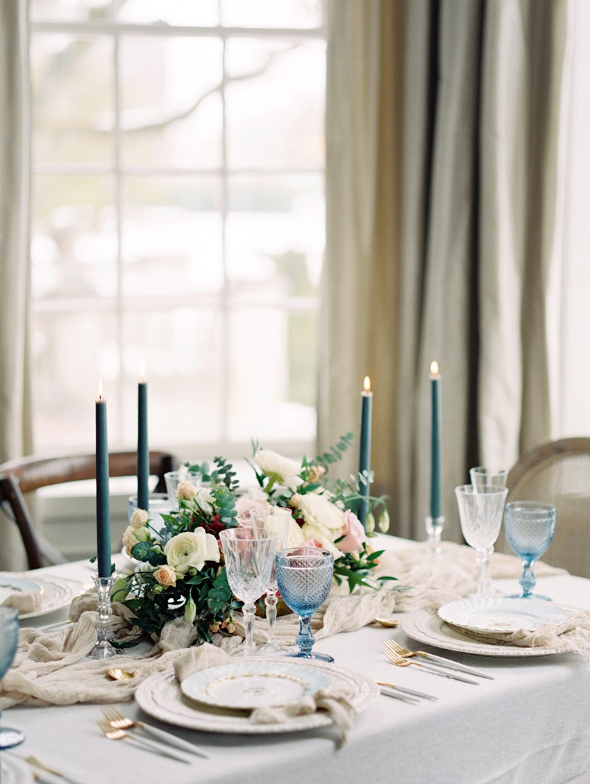 Elegant Neutral & Blue Wedding Tablescape