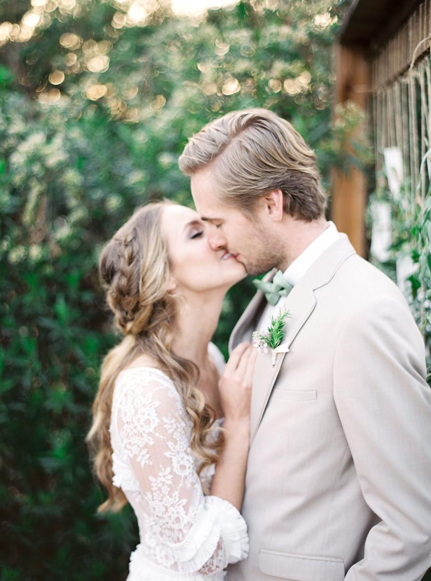 Romantic Spring Wedding Bride & Groom