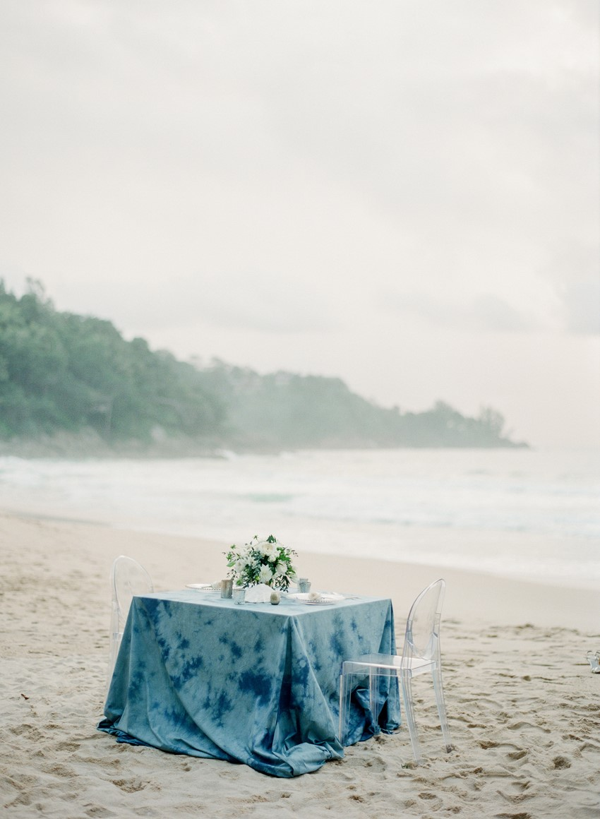Beach Blue Elopement Sweetheart Table