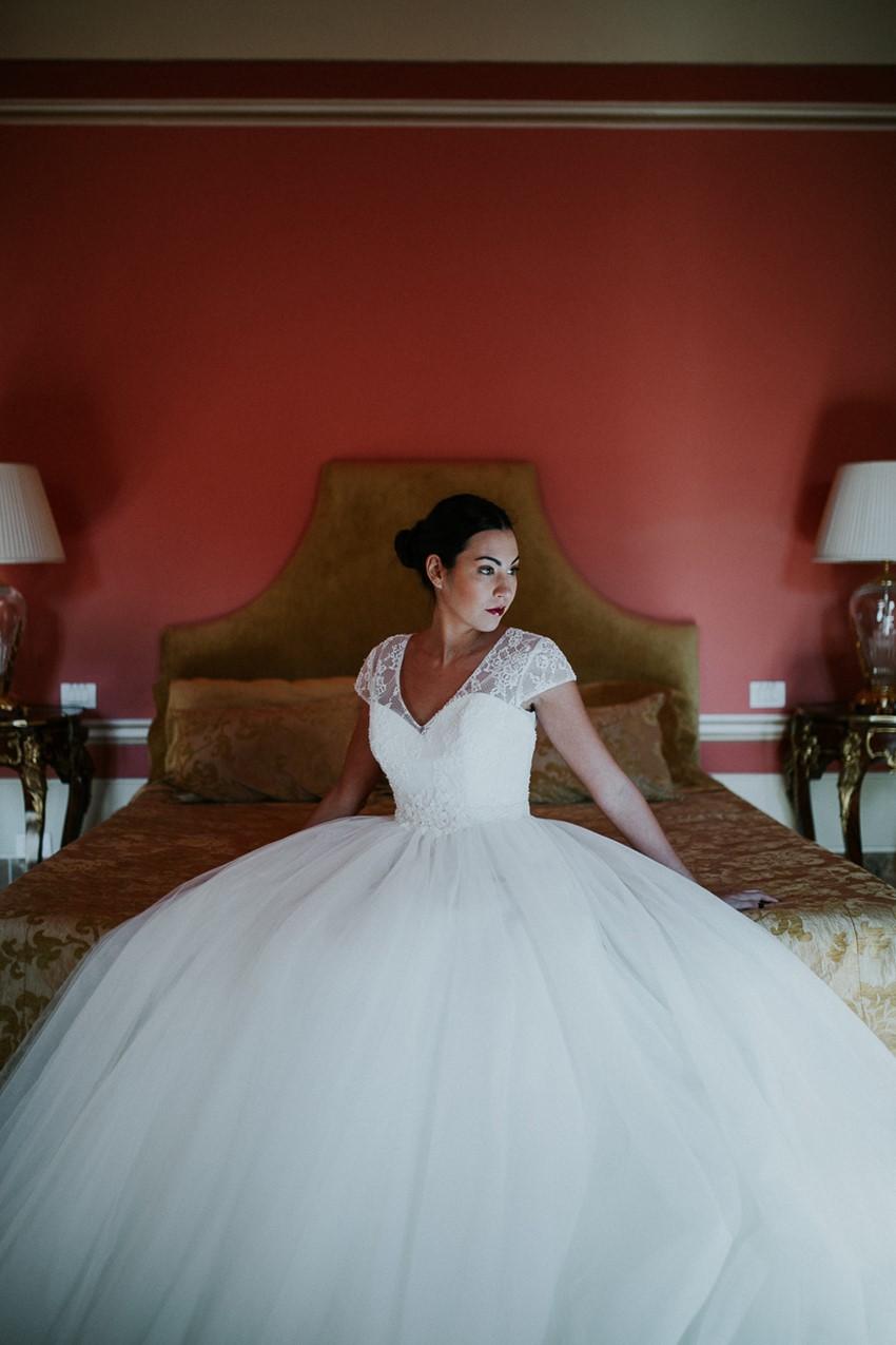 Timeless Classic Bride - Tuscany Wedding Ideas