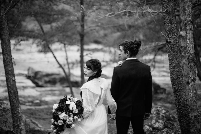 Riverside Vintage Wedding Inspiration