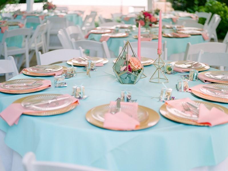 Pink & Turquoise Wedding Table