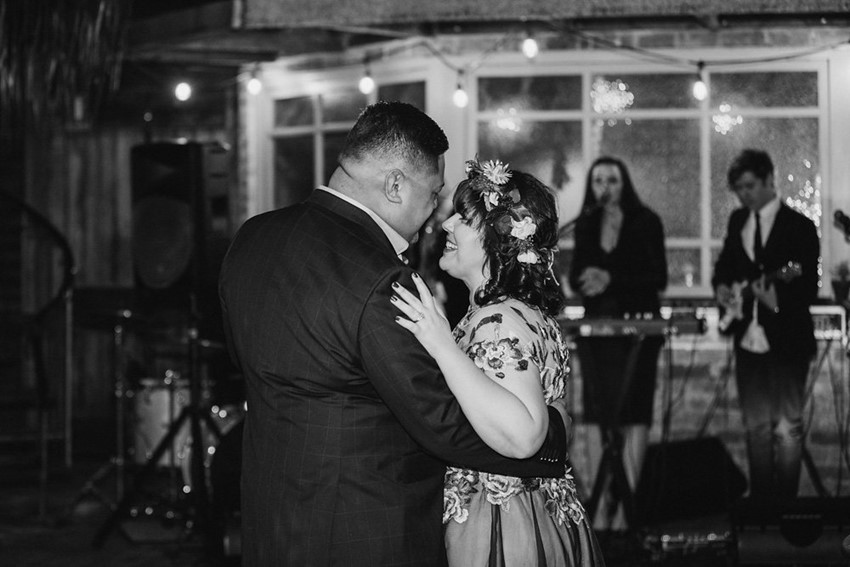 Black & white first dance photos