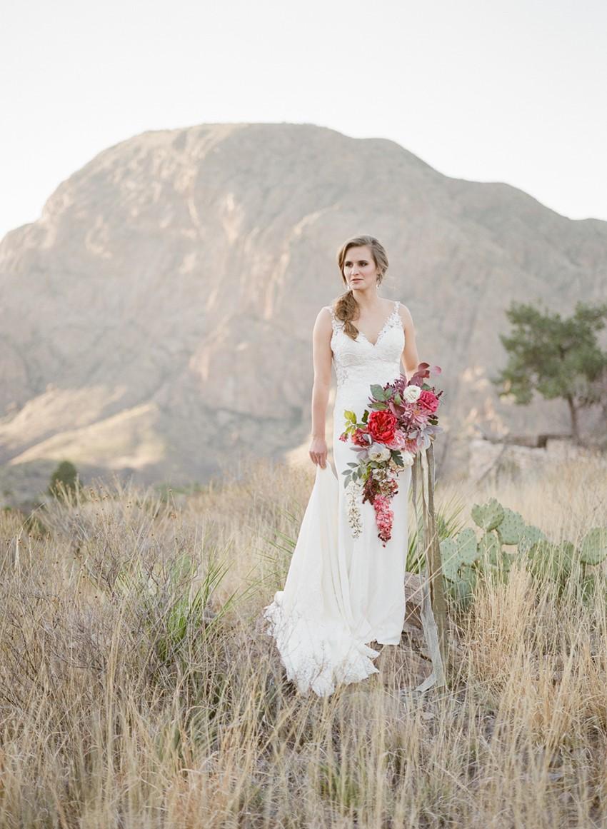 Romantic Desert Mountain Bridal Shoot