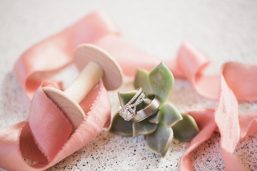 White Gold Engagement & Wedding Rings