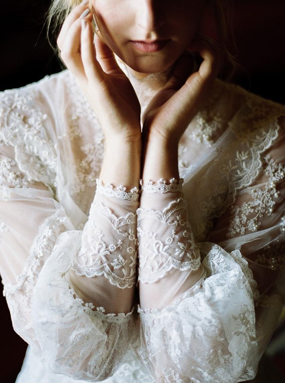 Vintage Long Sleeve Wedding Dress