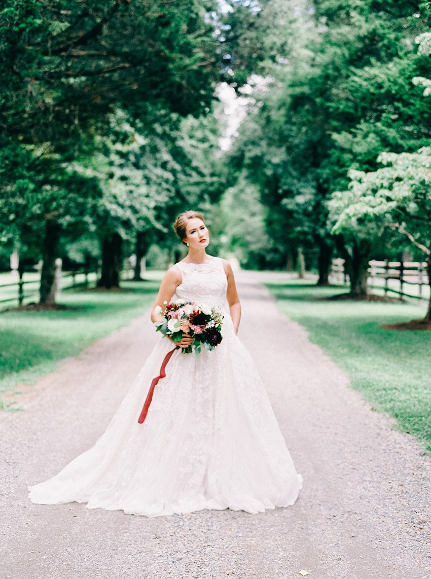 Elegant Grace Kelly Inspired Bridal Shoot
