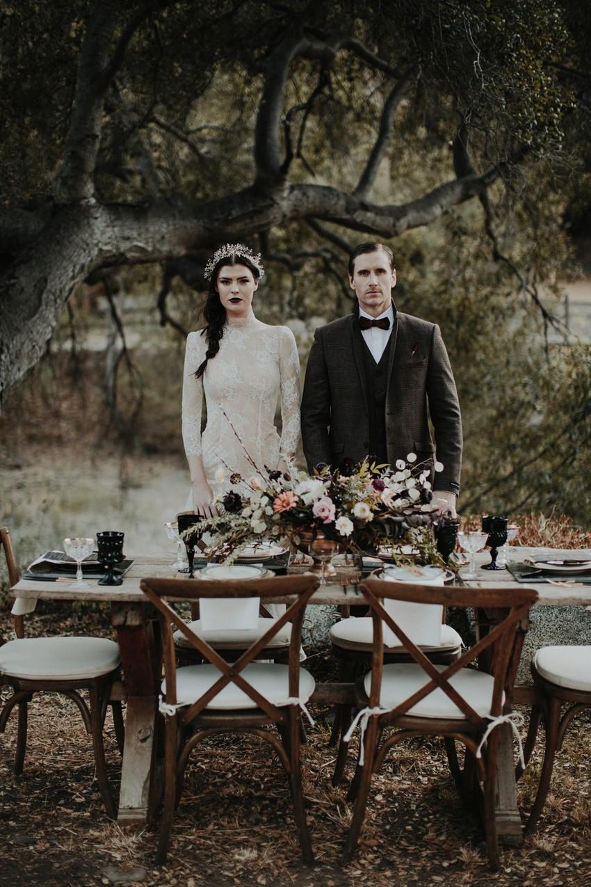 American Gothic Fall Wedding table