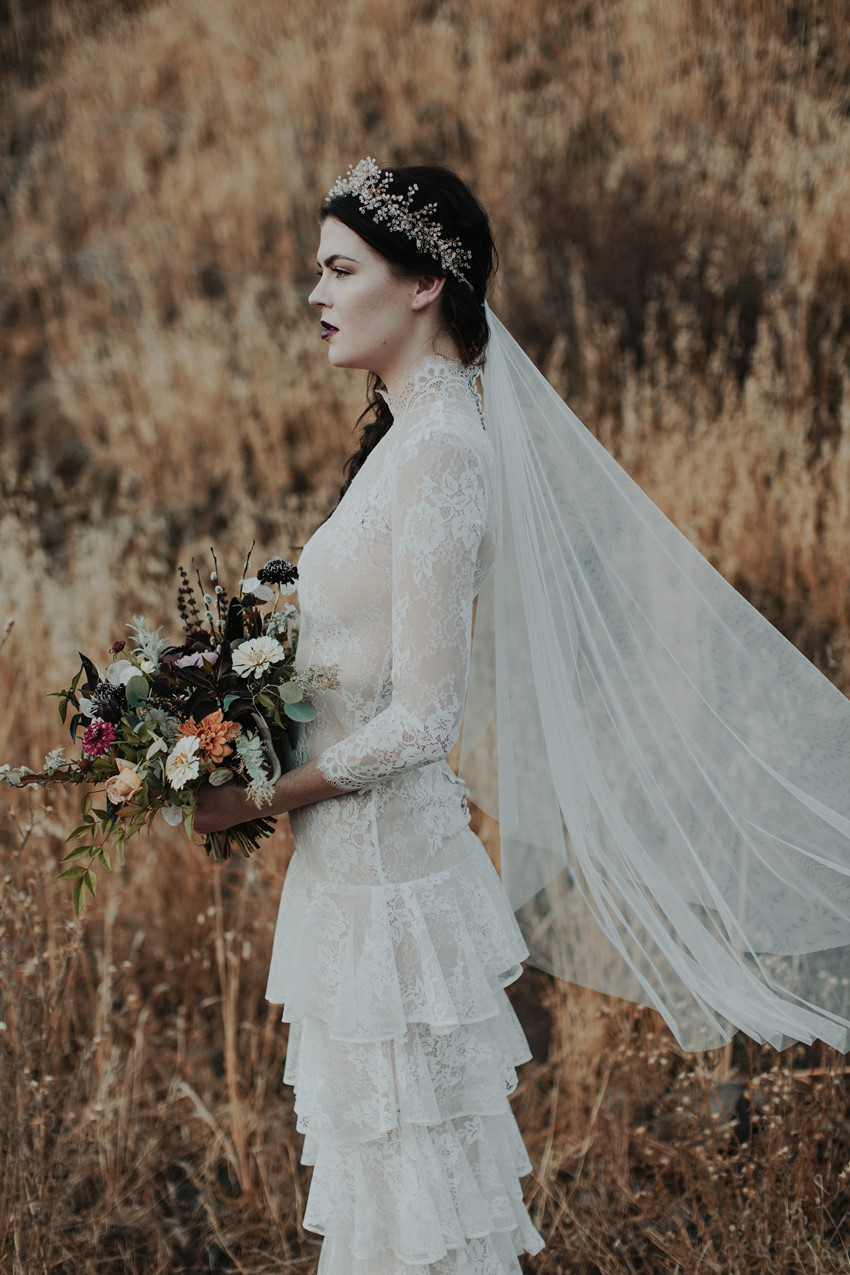 Fall Vintage Bride