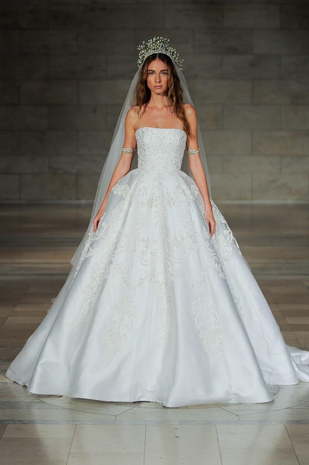 Reem Acra 2018 Wedding Dress 24