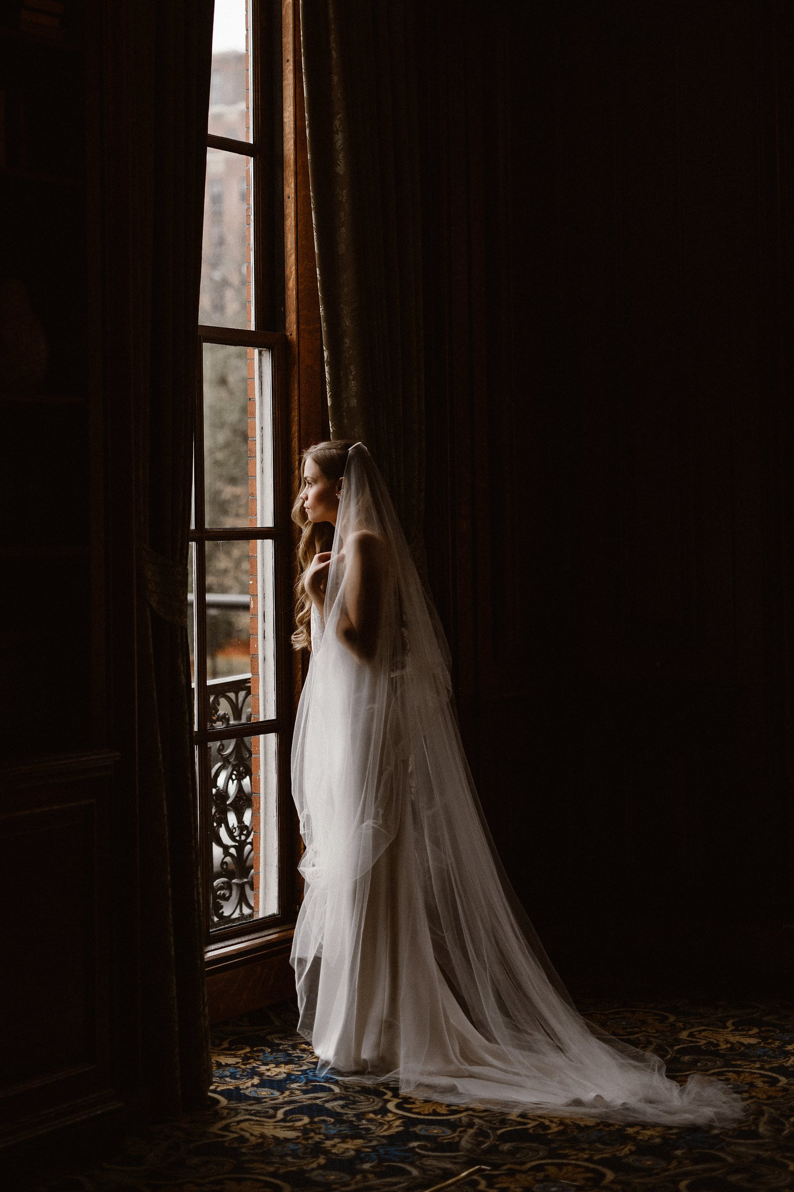 Elegant Modern Vintage Bride Getting Ready