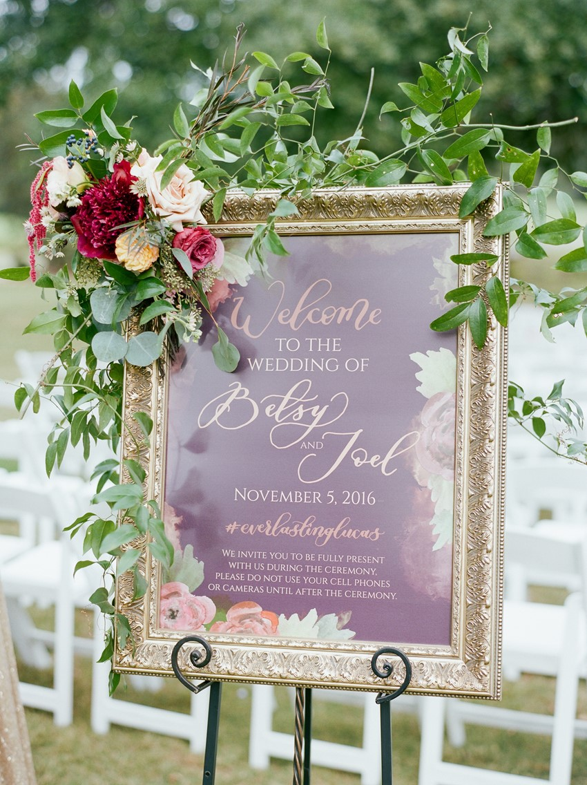 Elegant Wedding Welcome Sign