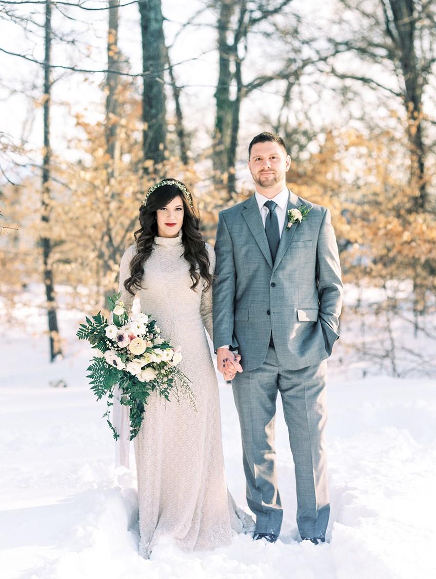 Snowy Neutral Wedding Inspiration