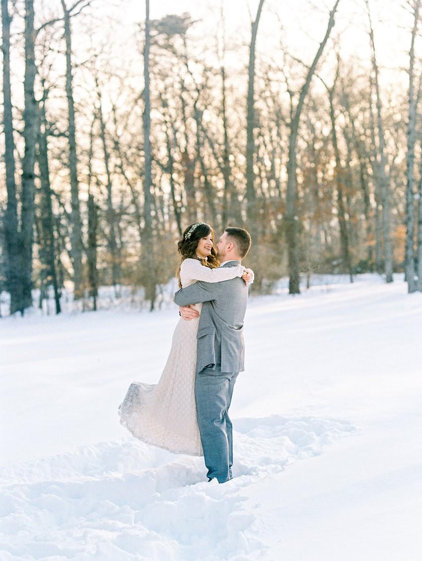 Neutral Winter Wedding Bride & Groom