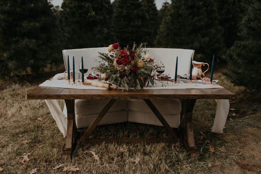 Christmas Wedding Sweetheart Table