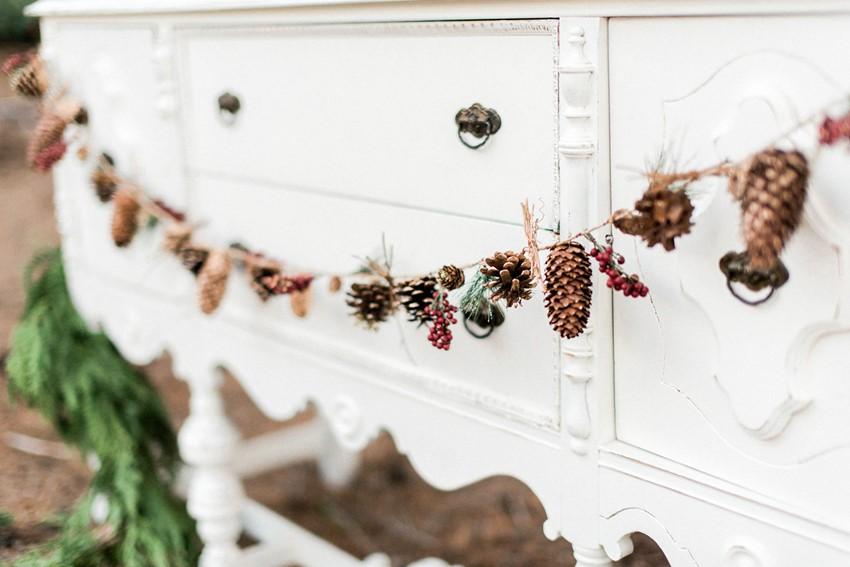 Pine Cone Christmas Wedding Decor