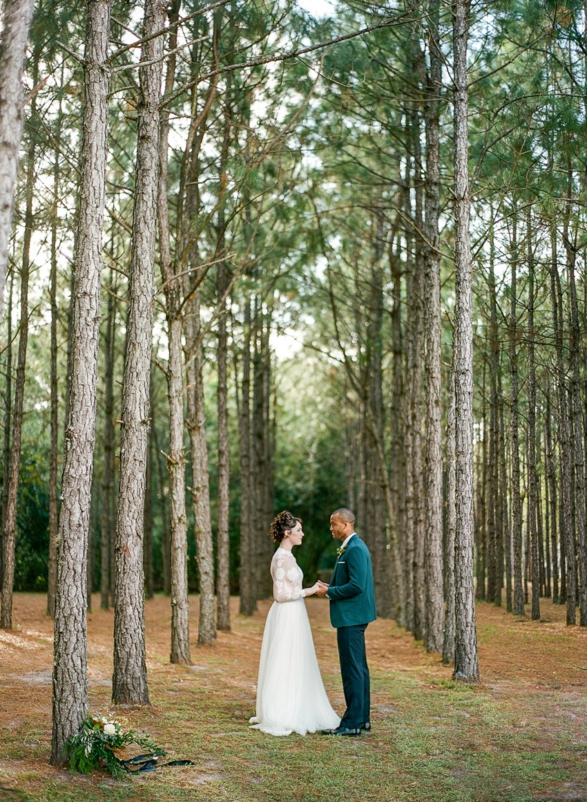 Emerald Green and Gold Winter Wedding Inspiration