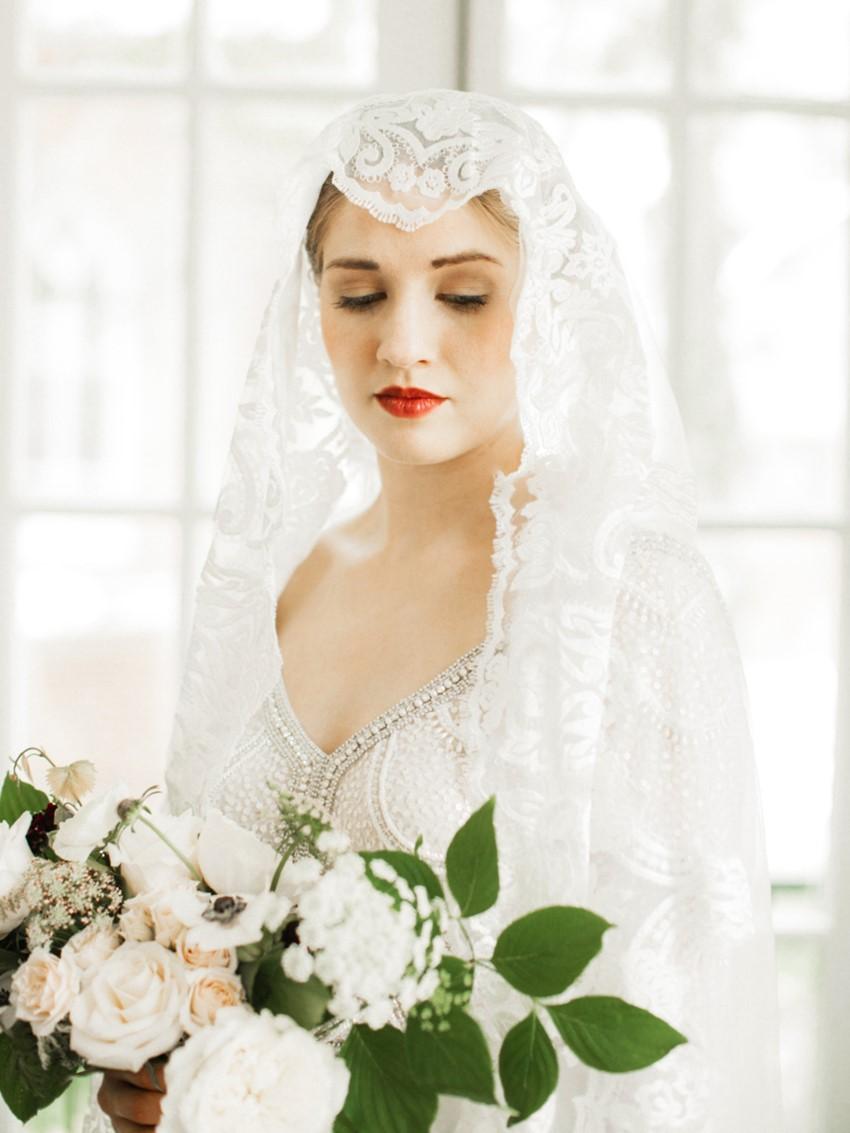 Art Deco Inspired Bride in Juliet Cap Veil