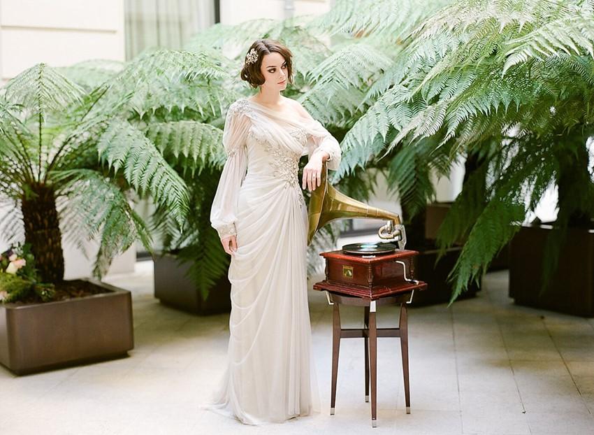 Art Nouveau Bride