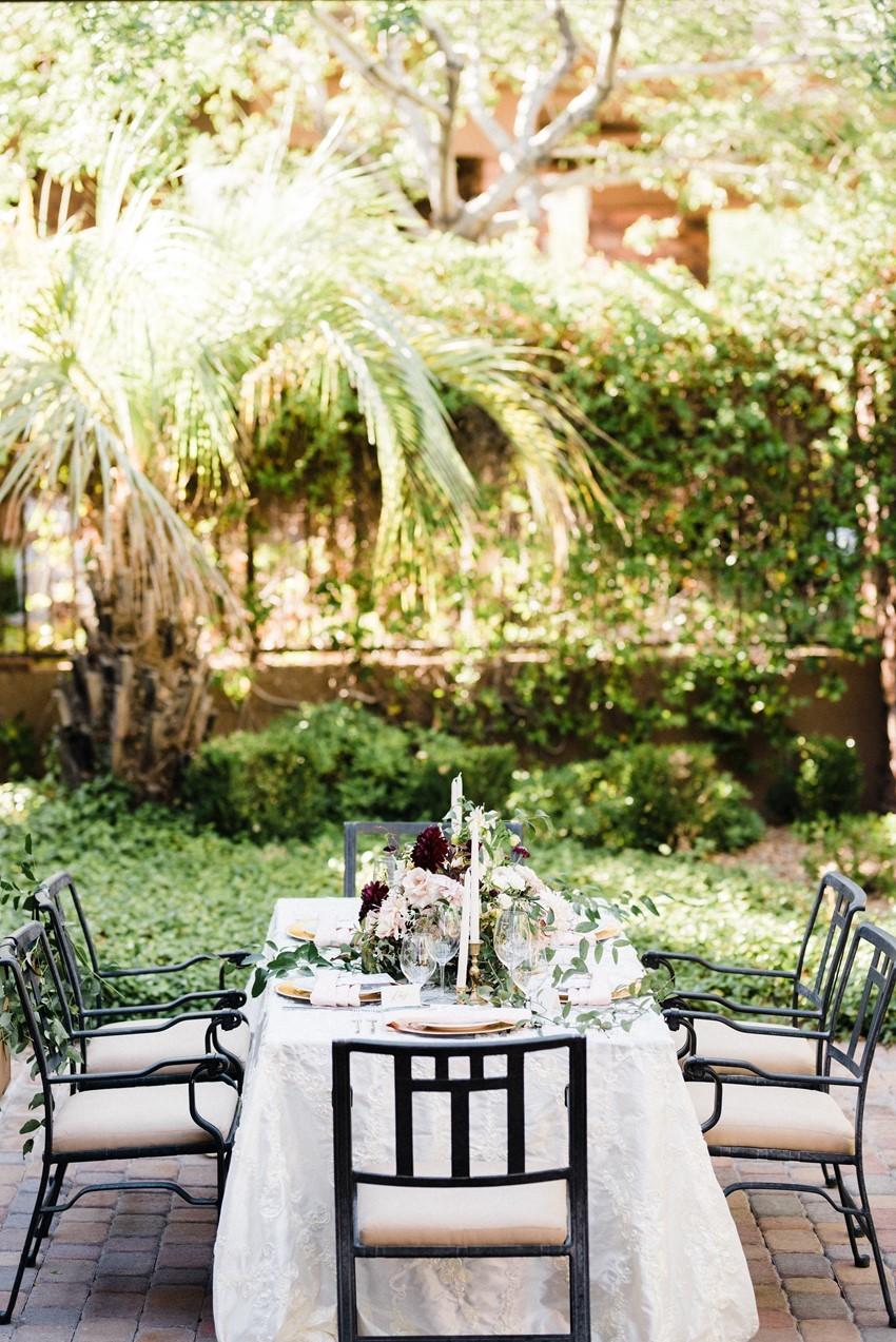 Red Rock Country Club Wedding, Courtyard Wedding Table