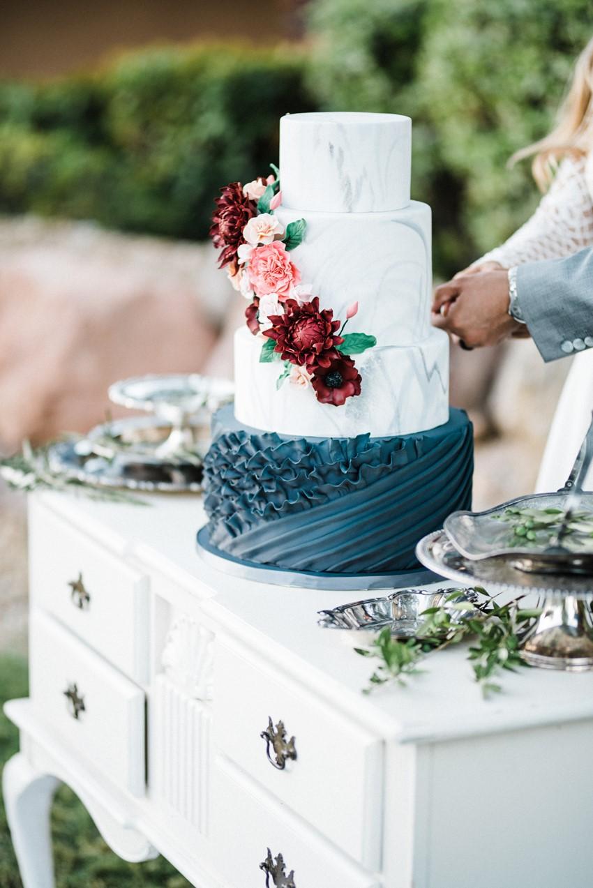 Chic Garden Wedding Inspiration In Burgundy Amp Blush Chic