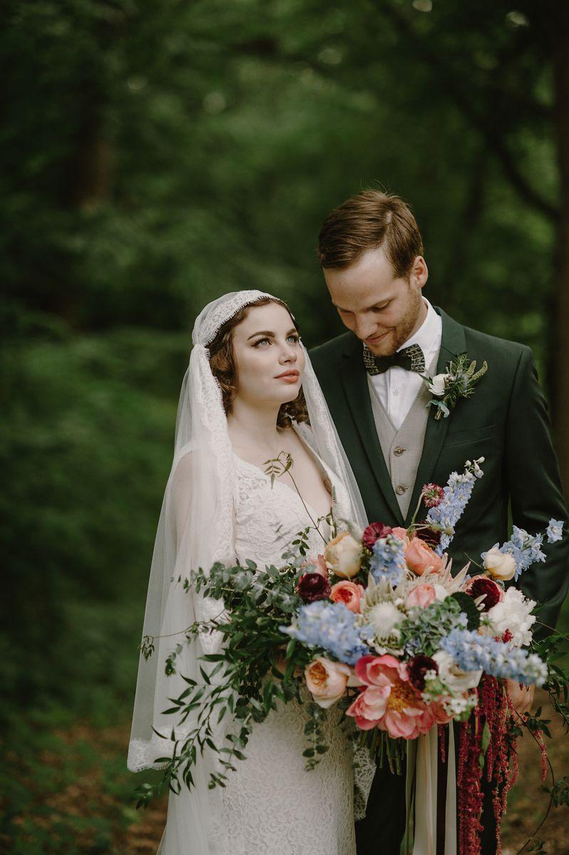 Romantic Green Vintage Wedding