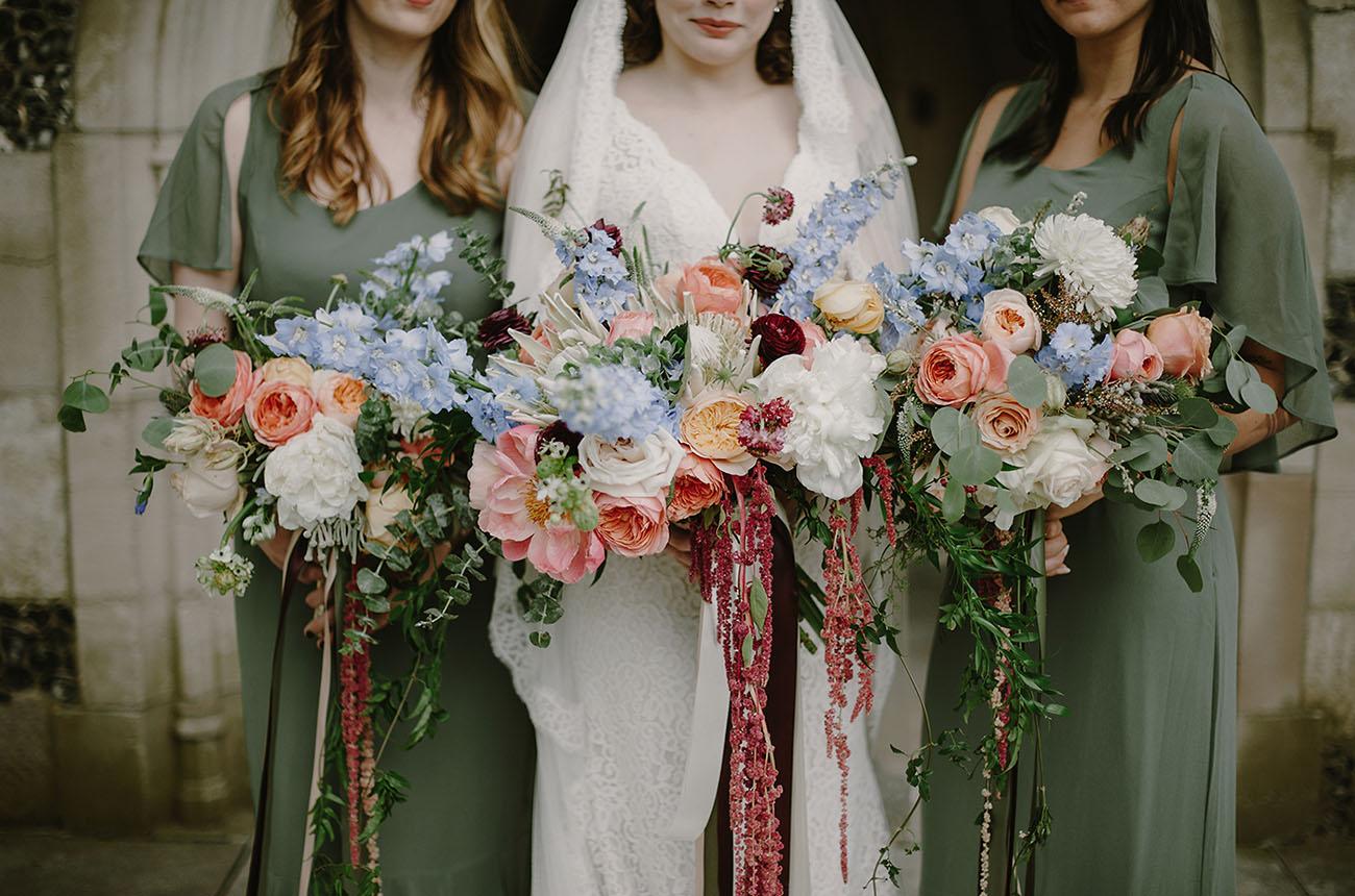 Vintage Bride & Bridesmaids Bouquets