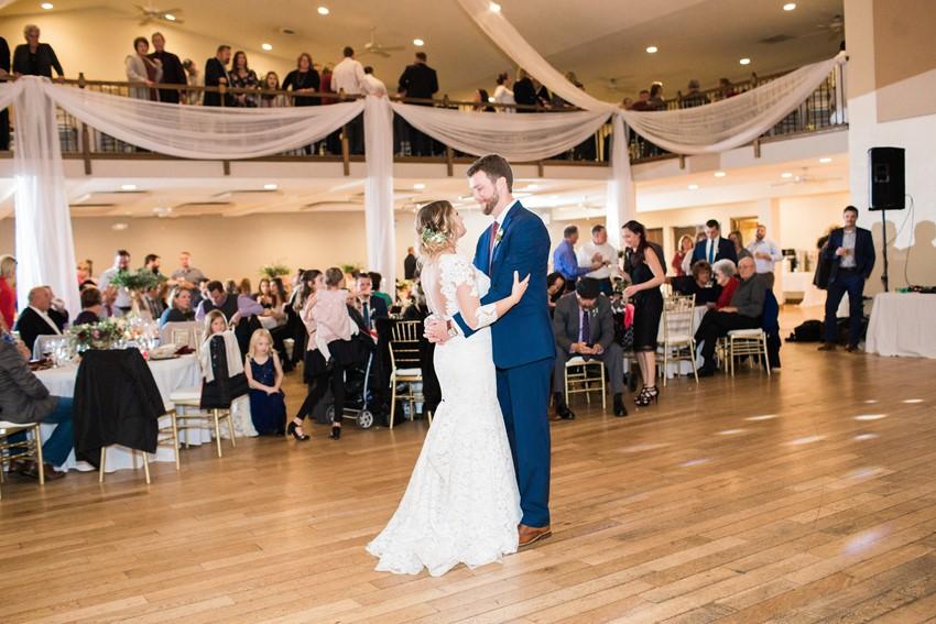 Hidden Lake Winery Wedding First Dance