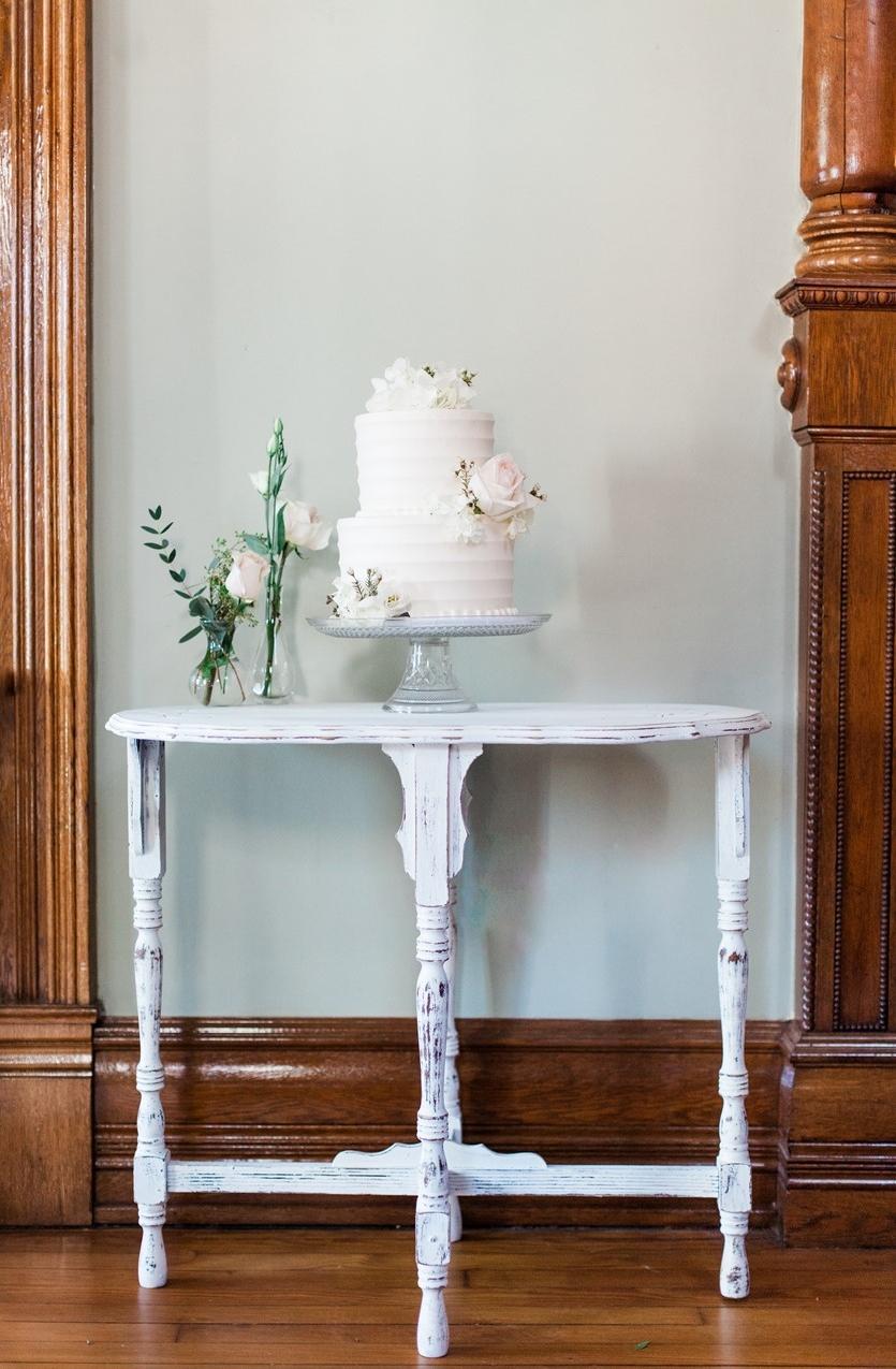 Romantic Spring Wedding Cake