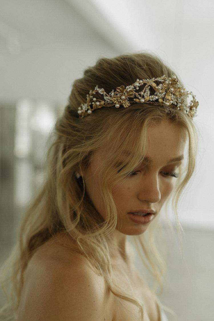 Reina Bridal Crown