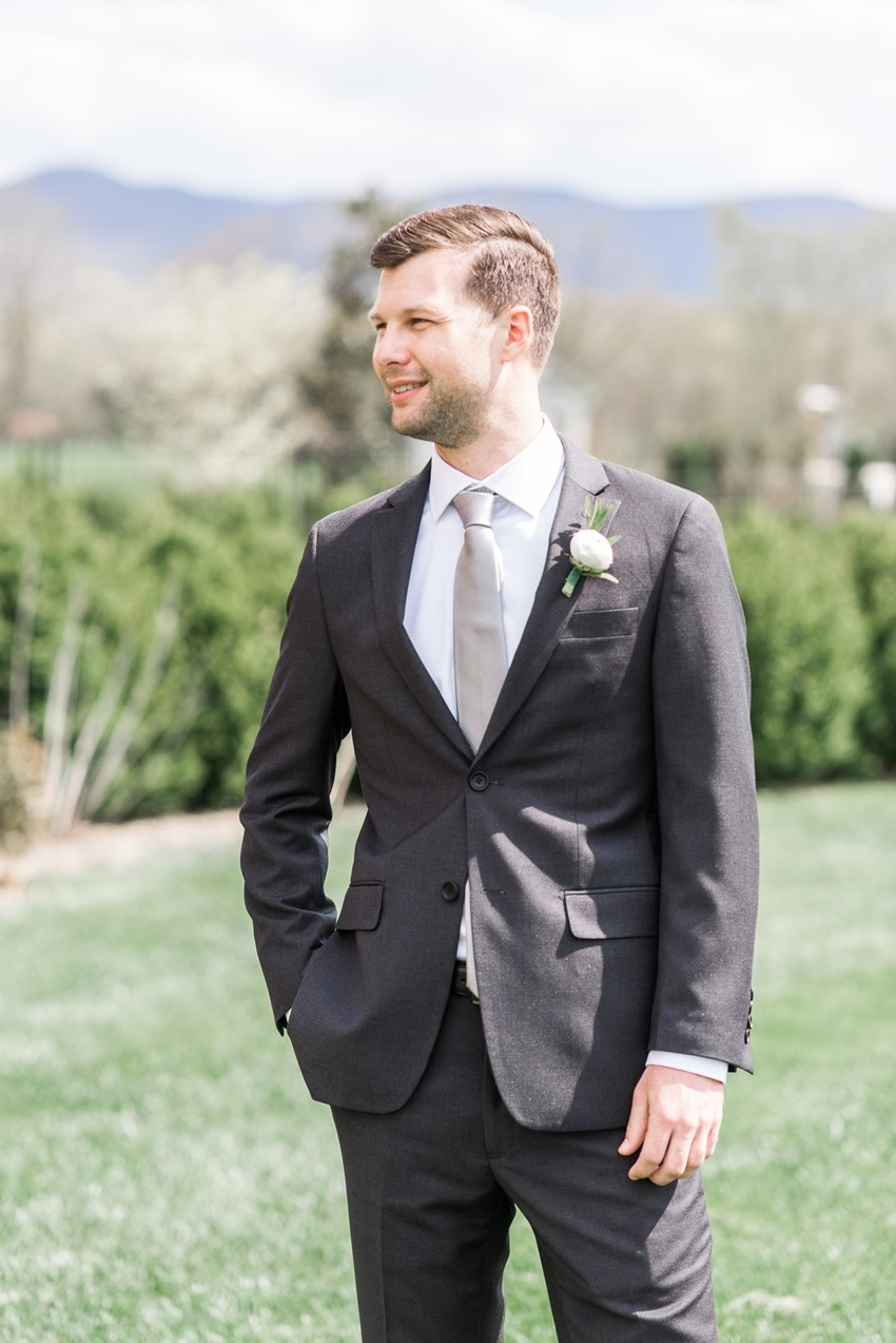 Groom in Charcoal Modern Suit