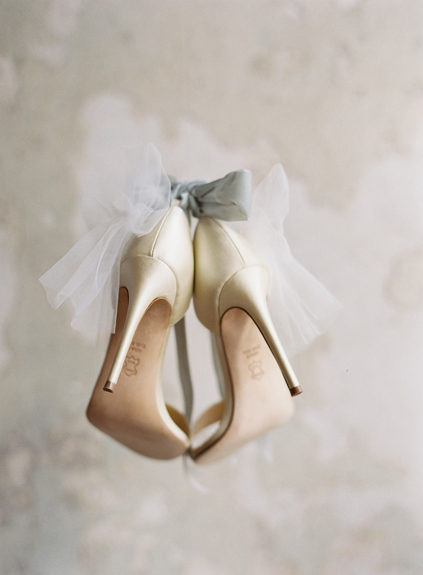 ed0736924bf59b 6 Bridal Shoe Mistakes to Avoid - Chic Vintage Brides   Chic Vintage ...