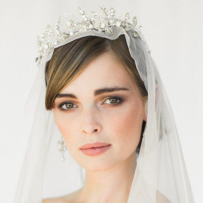 3 TIPS FOR CHOOSING THE PERFECT BRIDAL TIARA