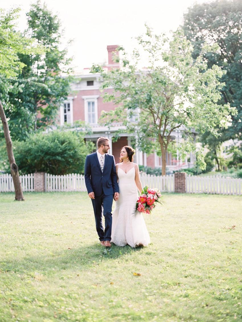 Tropical Wedding Bride & Groom