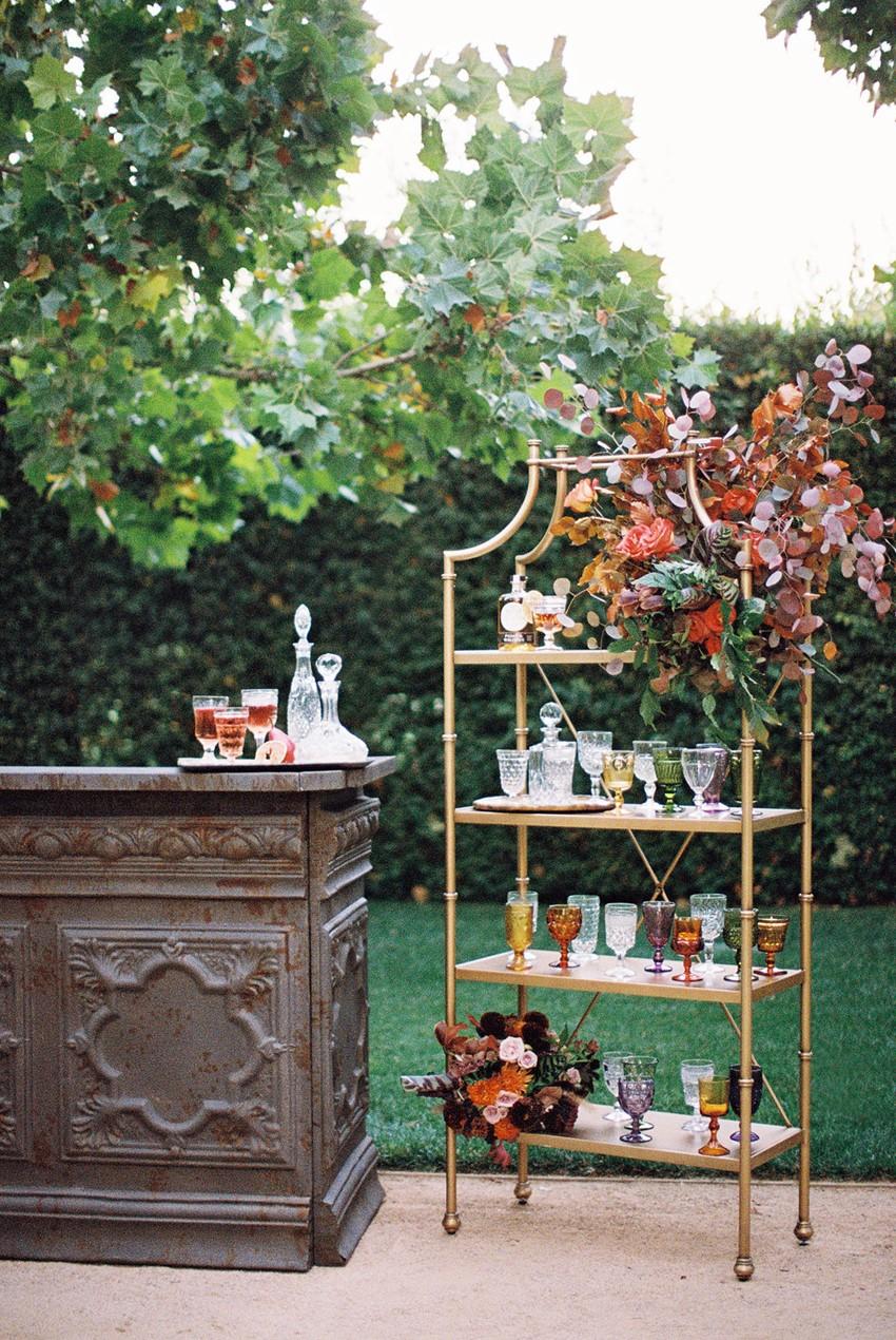 Modern Vintage Fall Wedding Inspiration at Kestrel Park